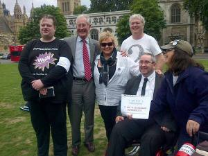 13 Rich B TenPercent Jane Wowchat Bence Wayne Blackburn at Parliament Square